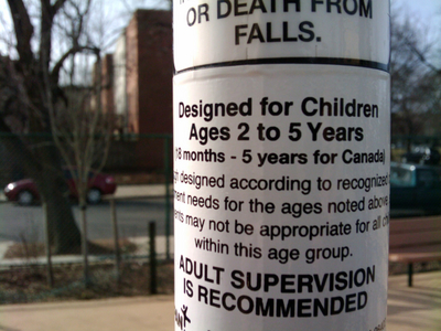 cartel-en-parque-infantil